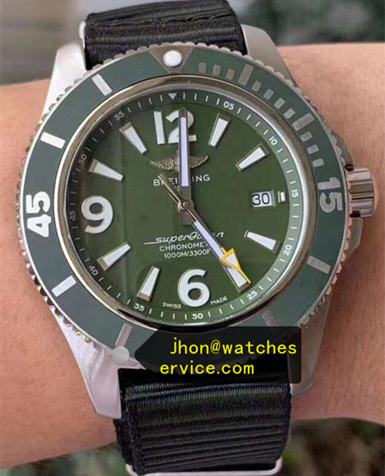 44MM Green Dail Breitling Superocean A17367A11L1W1