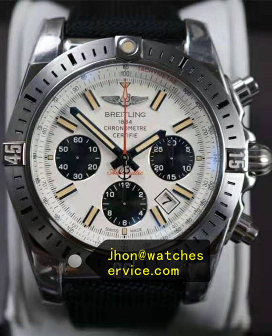 41MM Breitling Chronomat 41 Steel AB01442J