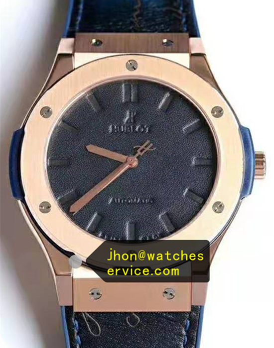 Blue leather Hublot Classic Fusion 45MM