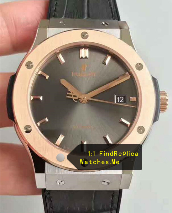 Hublot Classic Fusion 42mm 18k-Gold Titanium Gray Watch