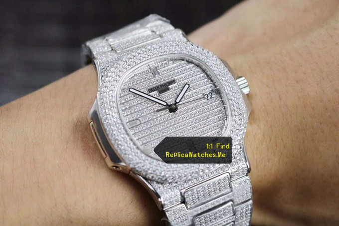 Replica Patek Philippe Nautilus 5719/10G-010 Full Diamonds on the Wrist