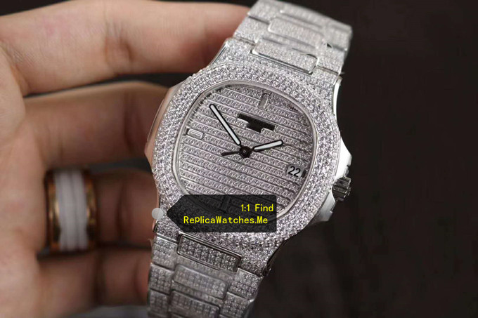 Replica Patek Philippe Nautilus 5719/10G-010 Full Diamonds