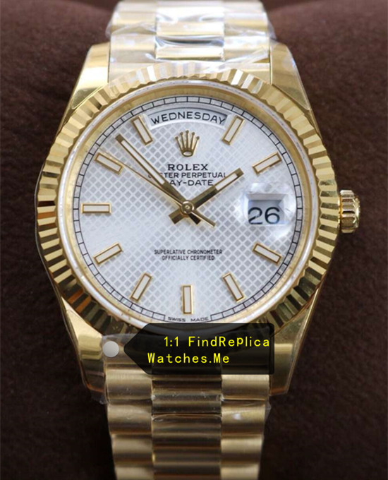 Rolex Daydate 228238 Silver White Diagonal Check Face With 18K-Gold