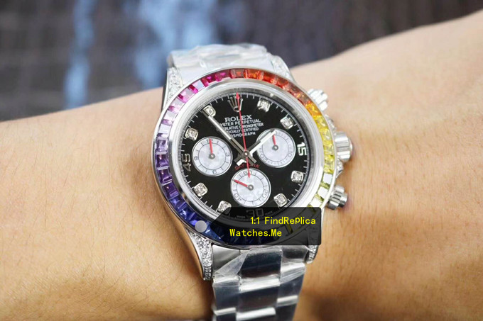Fake Rolex Daytona 116599 RBOW Colored Diamond Bezel White-Gold watch on the Wrist