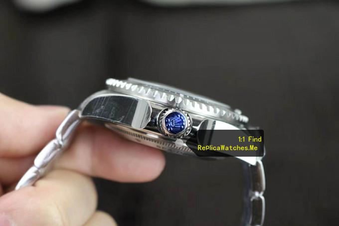 Replica Rolex Sea Dweller m126660-0002 D-Blue Super thick Oyster steel side