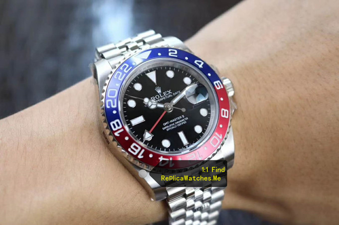 Replica Rolex GMT Master 116719-BLRO on the Wrist