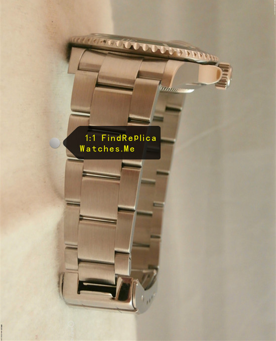 Fake Rolex Submariner 16610LV-93250 904L Polished Stainless Steel Strap