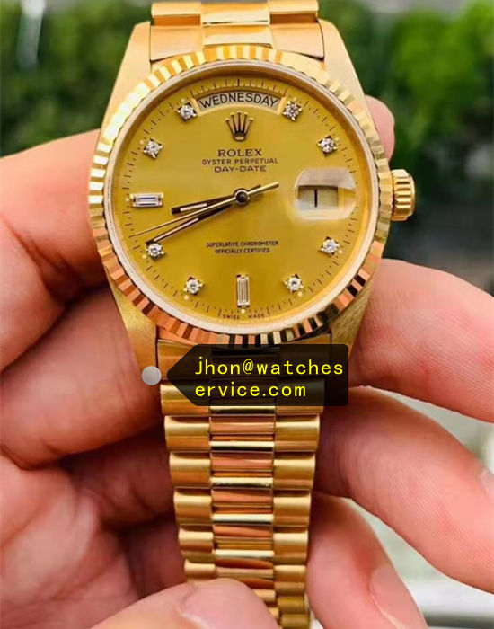 AR Rolex Day Date 118348 39MM Gold