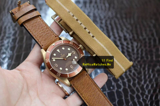 Replica Tudor Black-BAY M79250BM-0001 Italy's top old cowhide and Yellow cloth strap